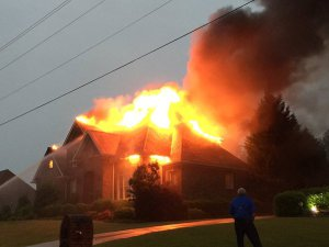 NortheastWeatherWx @NEWeatherWx  You don't see this everyday. A house fire started from a lightning strike in Gardendale, Alabama. (@Smeadows72)