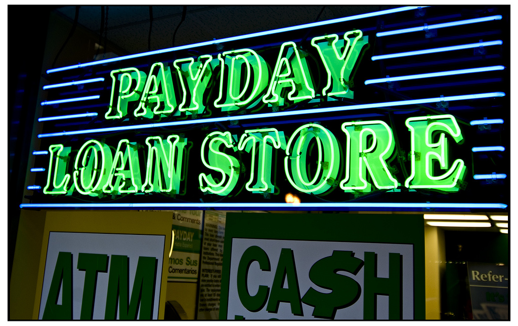 What to consider when choosing a payday and title loan lender