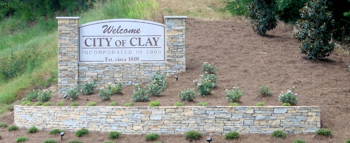 Clay extends moratorium on payday licenses