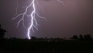 State Farm advises Alabama citizens to avoid lightning related accidents