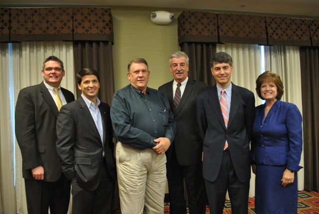 Legislators turnout for Chamber breakfast