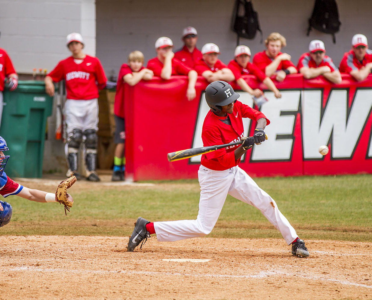 Defnall's pinch hit lifts Hewitt-Trussville over Moody