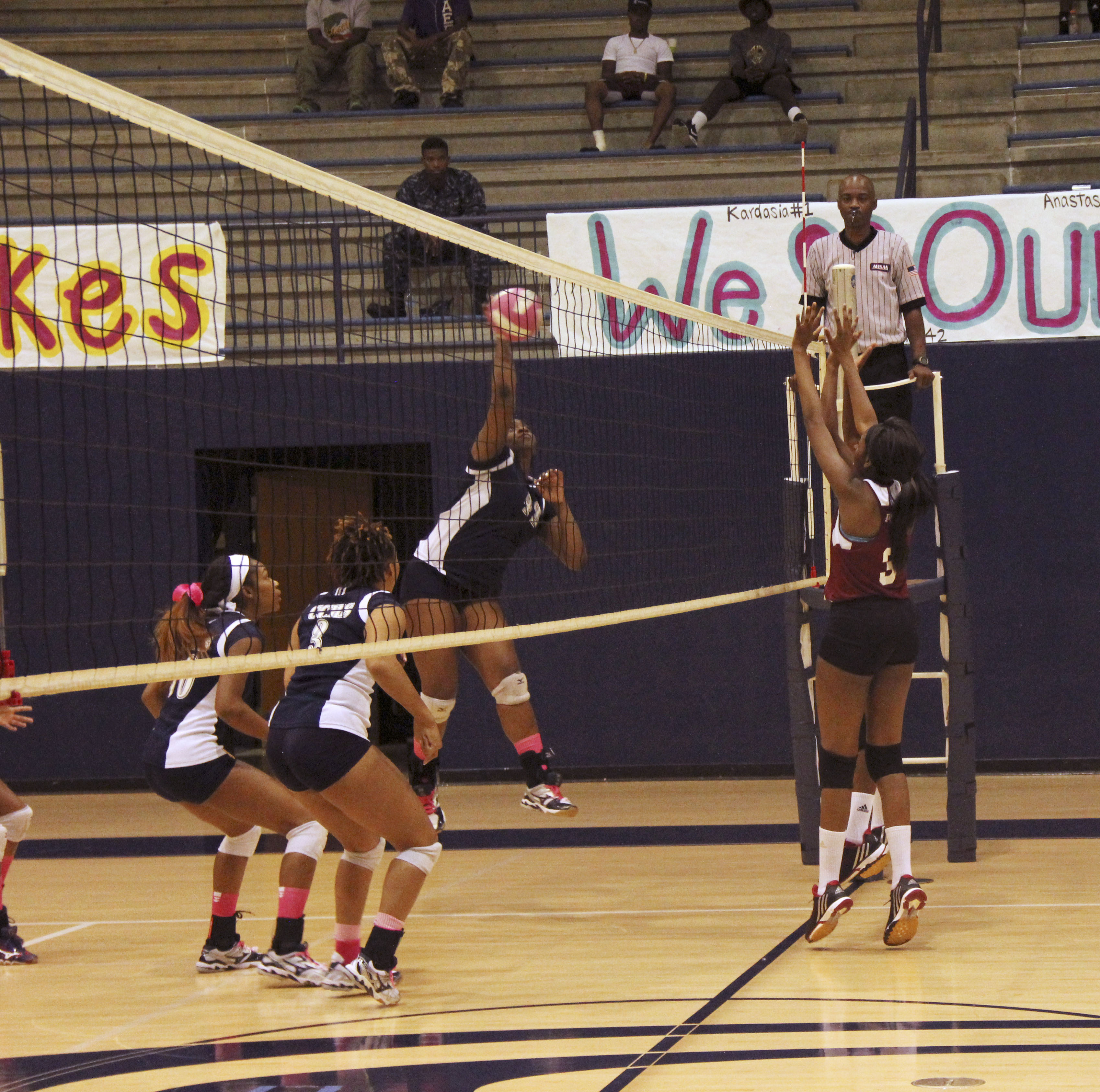 Weekly volleyball roundup
