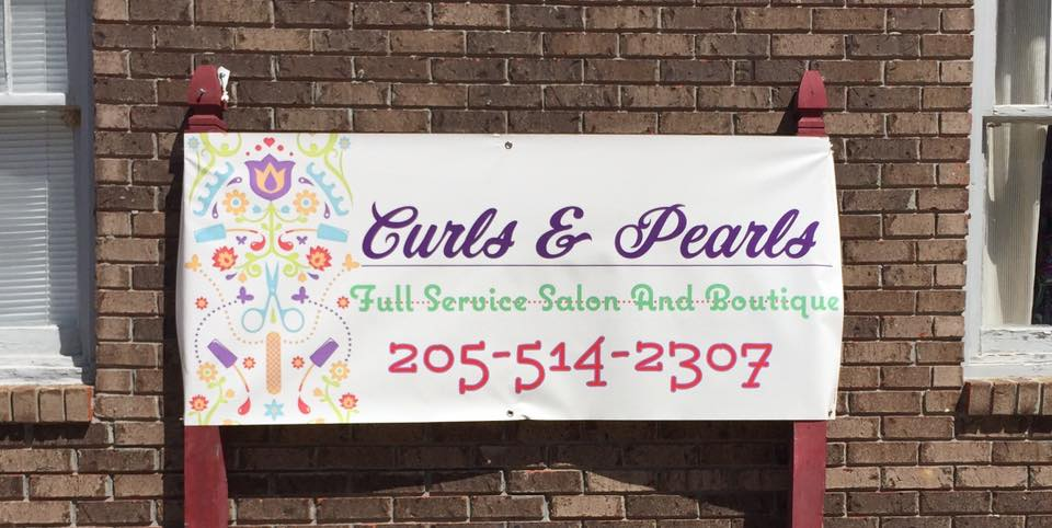 Curls and Pearls Salon and Boutique hosts grand opening