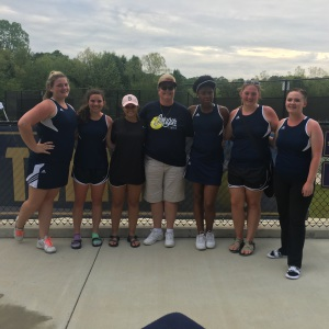 Lady Cougars tennis team wins county title, makes it to sectionals