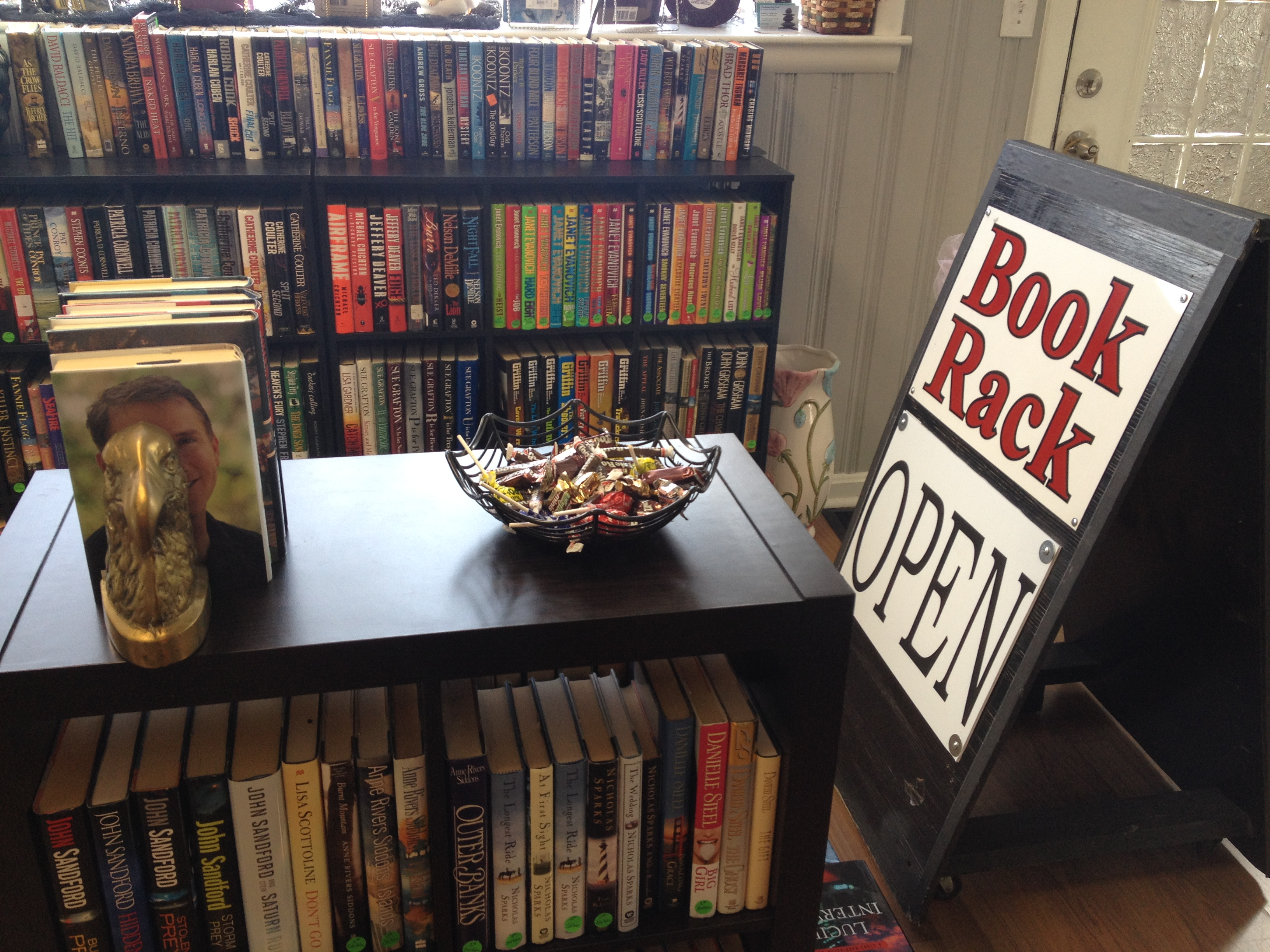 DeDe's Book Rack fosters love of books in community