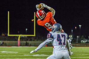 Hewitt-Trussville rolled over Oak Mountain for opening round playoff run. Photo by Ron Burkett/The Trussville Tribune