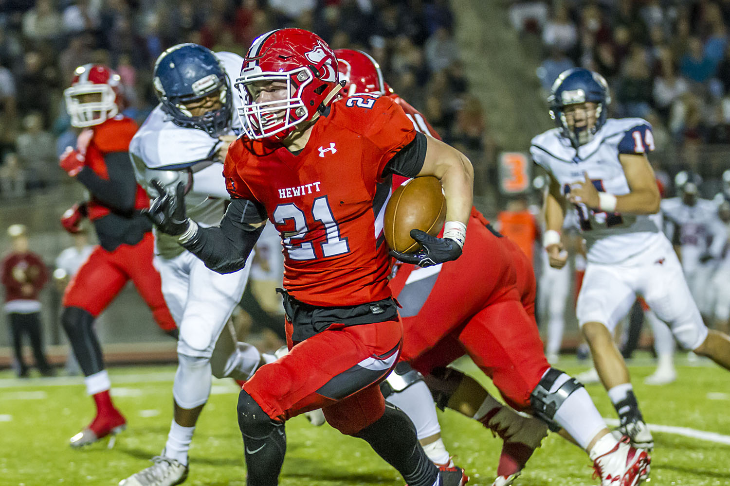 Three local football players pick up college offers