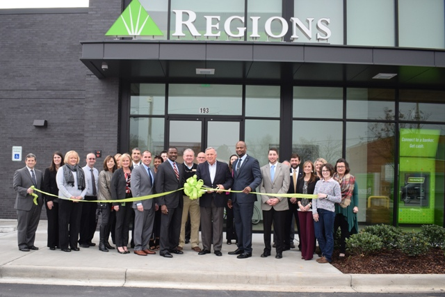 TACC hosts ribbon cutting at newly-renovated Regions Bank