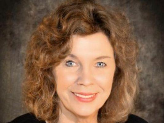 Former Auburn Plainsman editor, Rheta Grimsley Johnson, retires