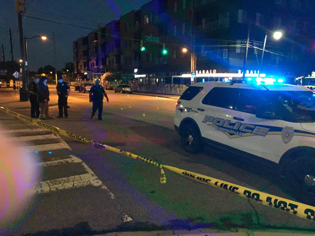 UPDATED: 1 dead, 2 wounded after shootout in Birmingham's Lakeview
