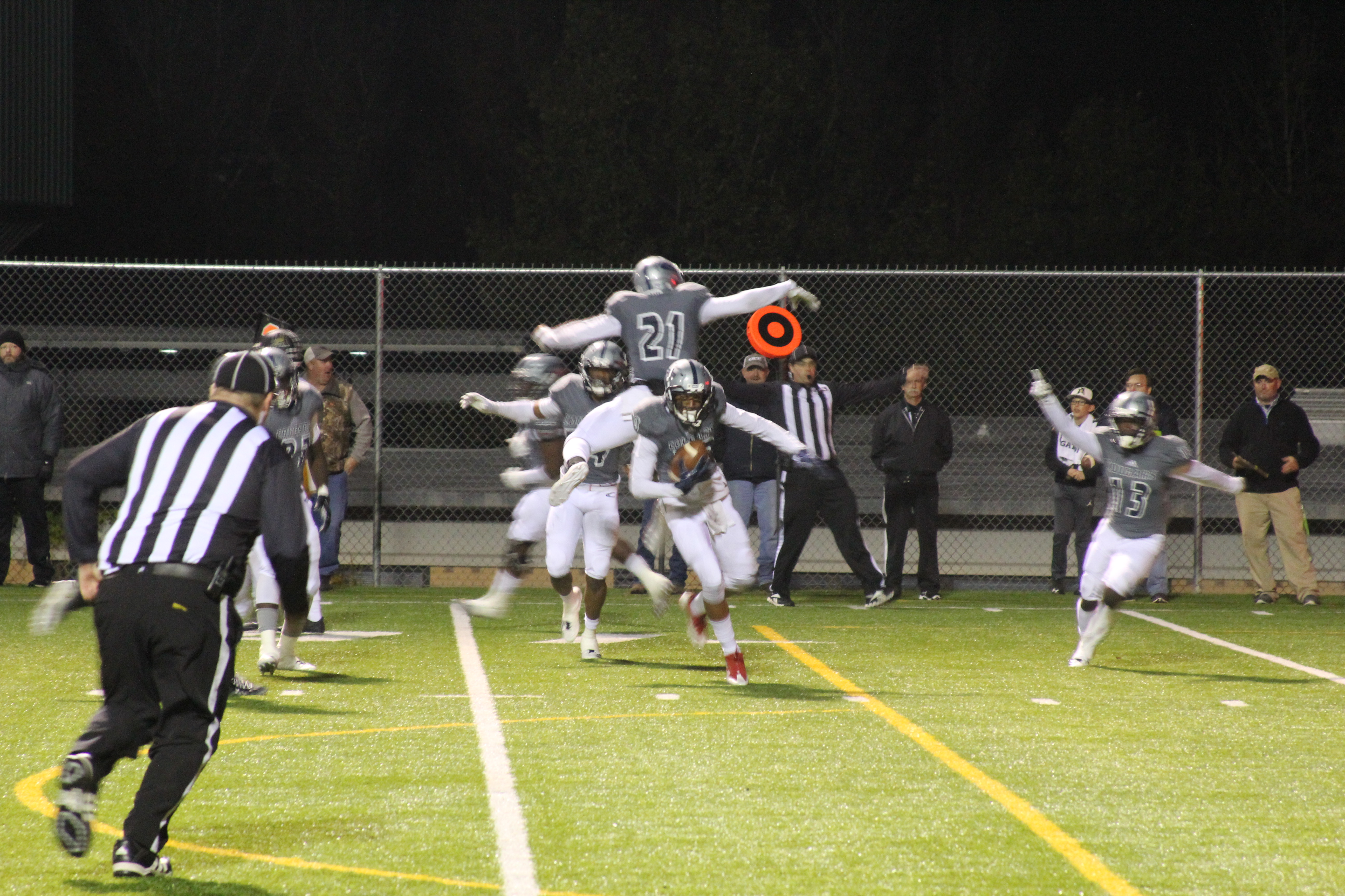Clay-Chalkville defense shuts down Athens for 1st-round win