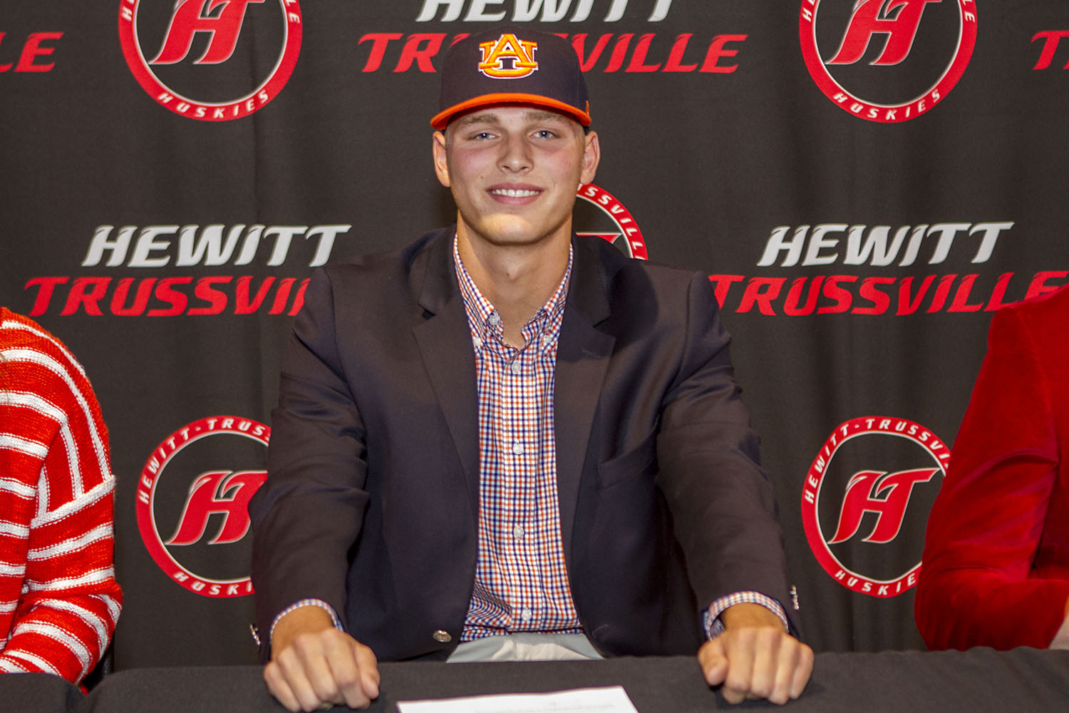 Former Hewitt-Trussville pitcher named to college baseball's Stopper of the Year watch list