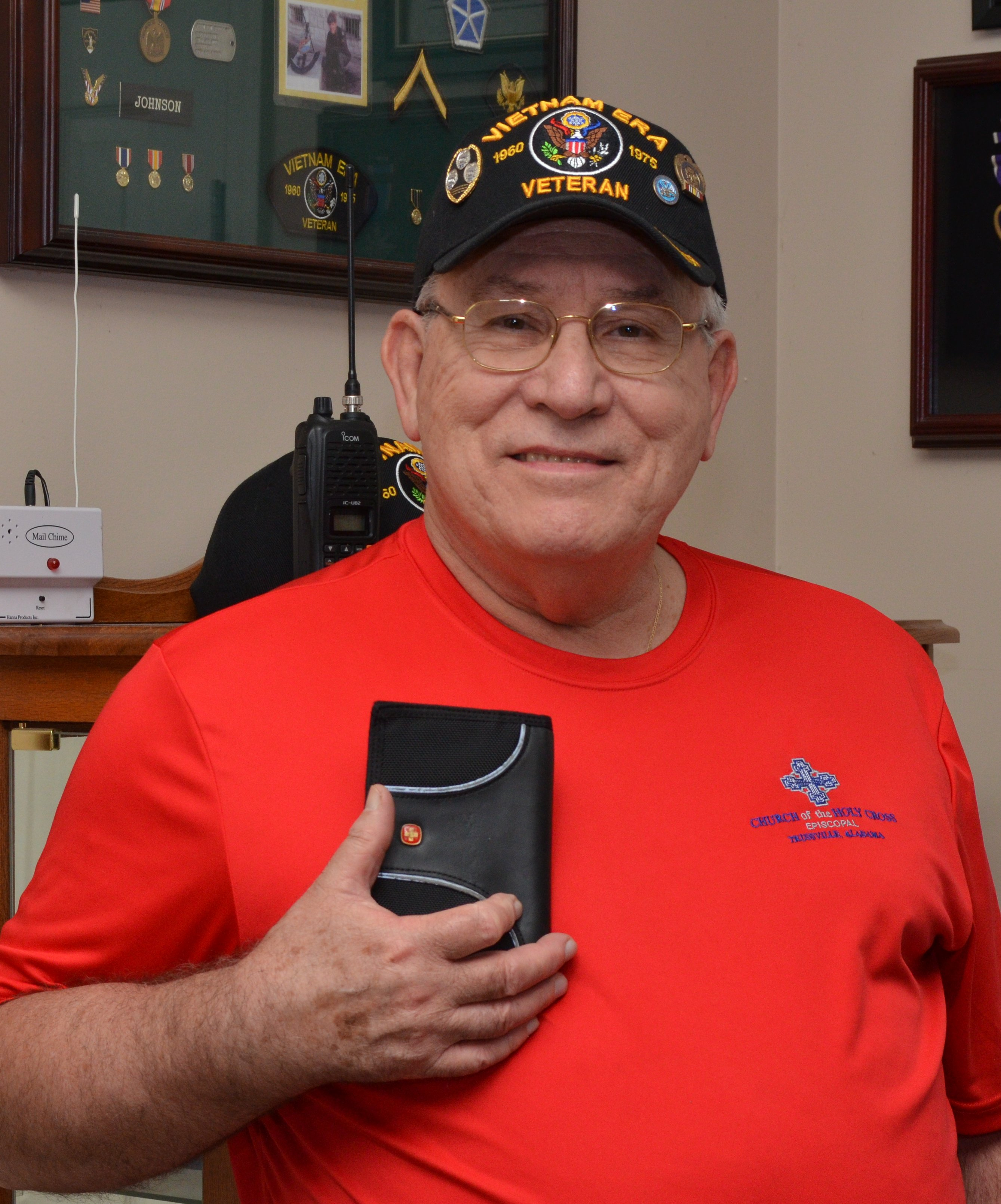 Springville veteran wishes to thank mother, son who found missing wallet