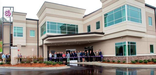 St. Vincent's Trussville hosts ribbon cutting, set to open Dec. 4