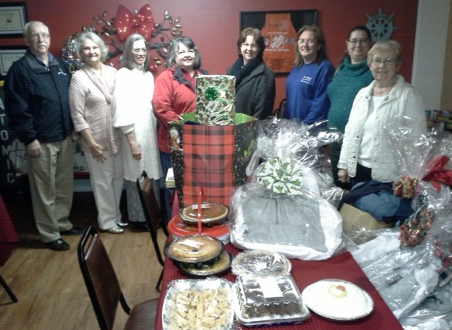 Local DAR chapter participates in service projects