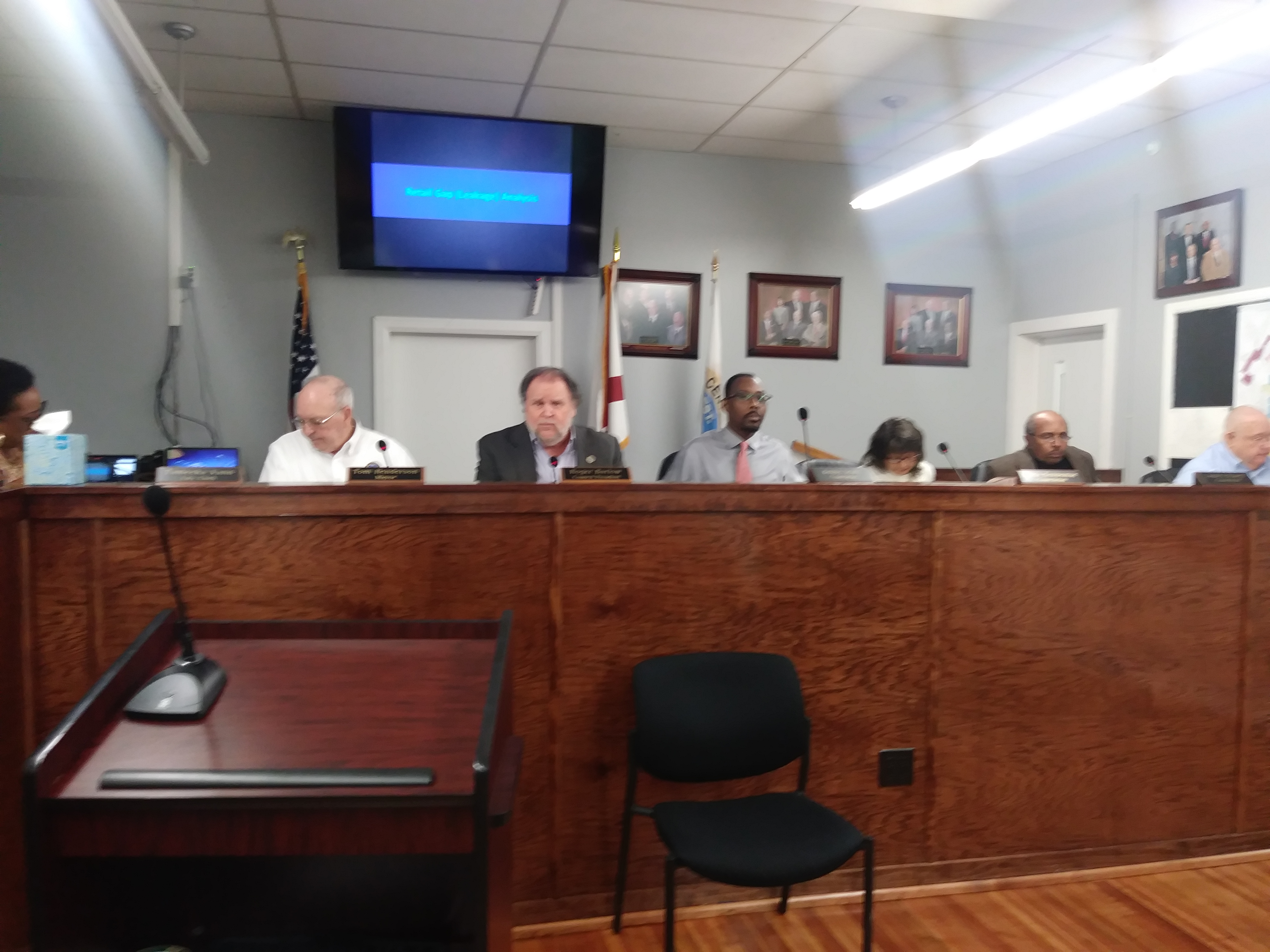 Center Point City Council hears questions from citizens over proposed garbage/trash ordinance
