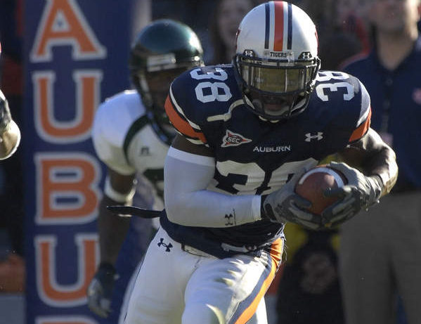 Former Auburn defensive player dead in possible suicide