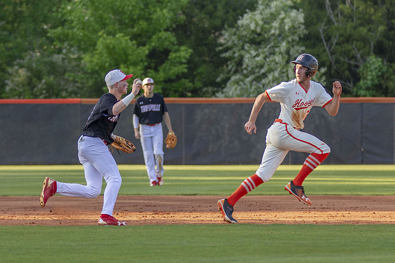 Huskies softball, baseball in Huntsville on Friday