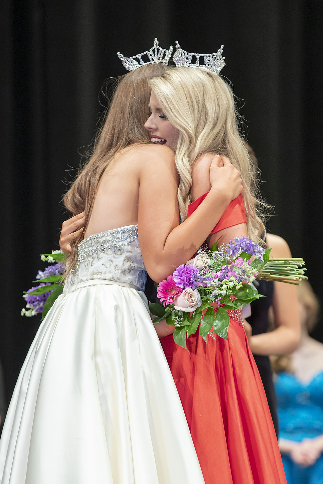 Sisters celebrate crowning achievements in Miss Trussville pageant