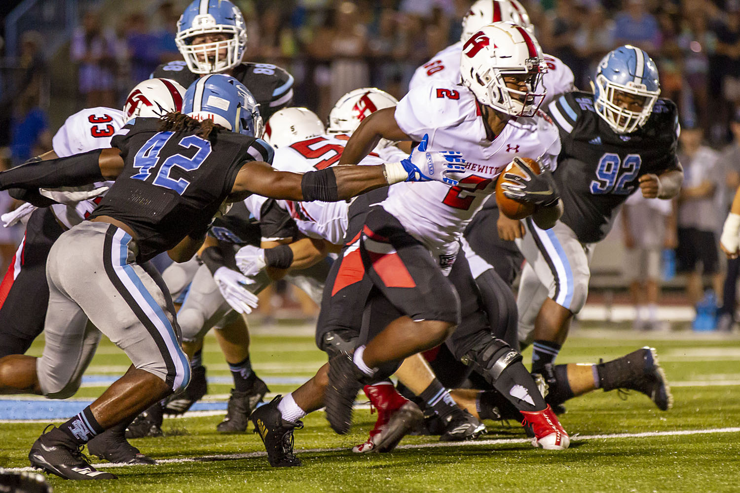 Pinson Valley takes the sting out of Oxford in a 28-13 win on the road