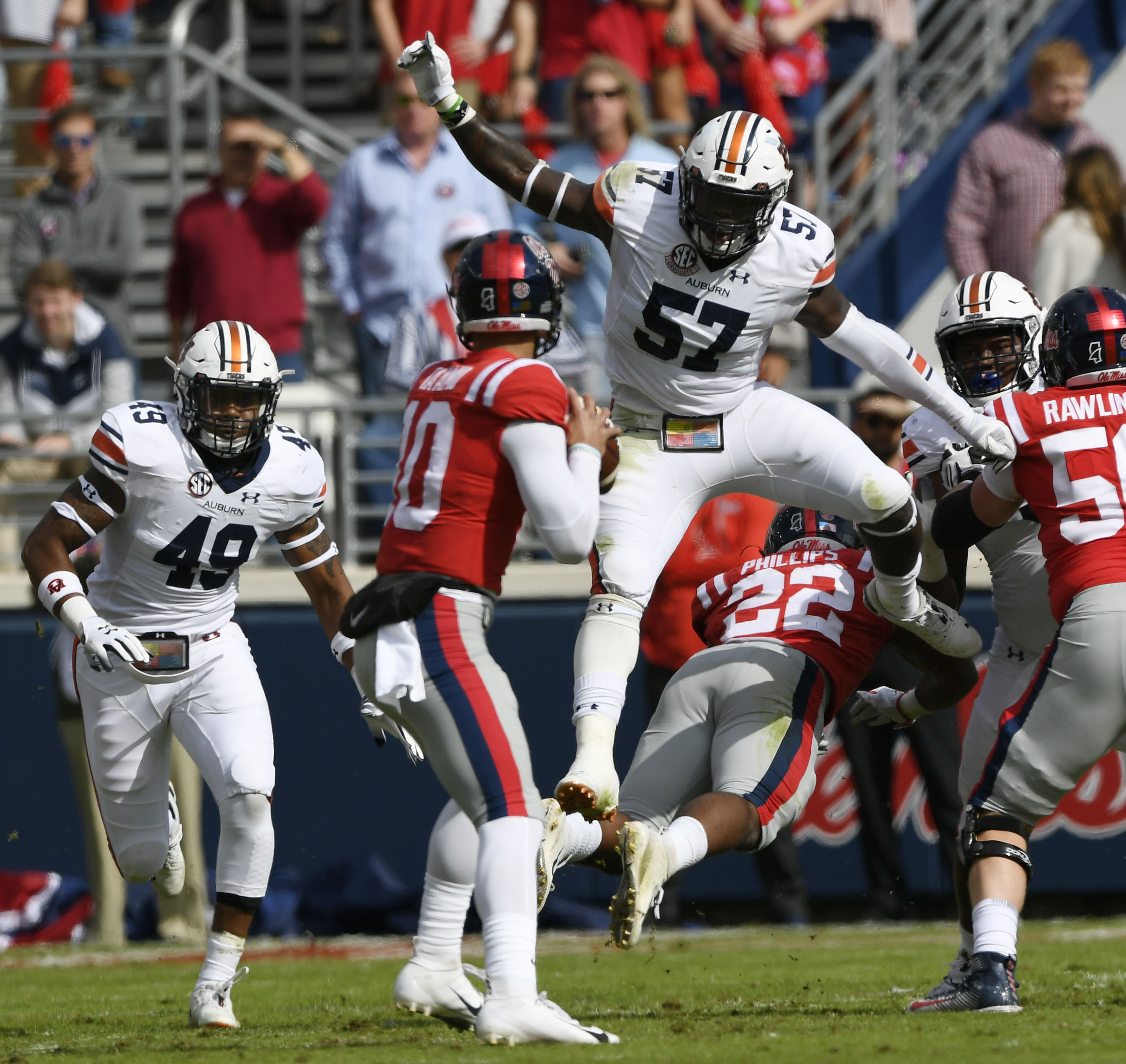 Auburn takes down Ole Miss, gets back on winning track