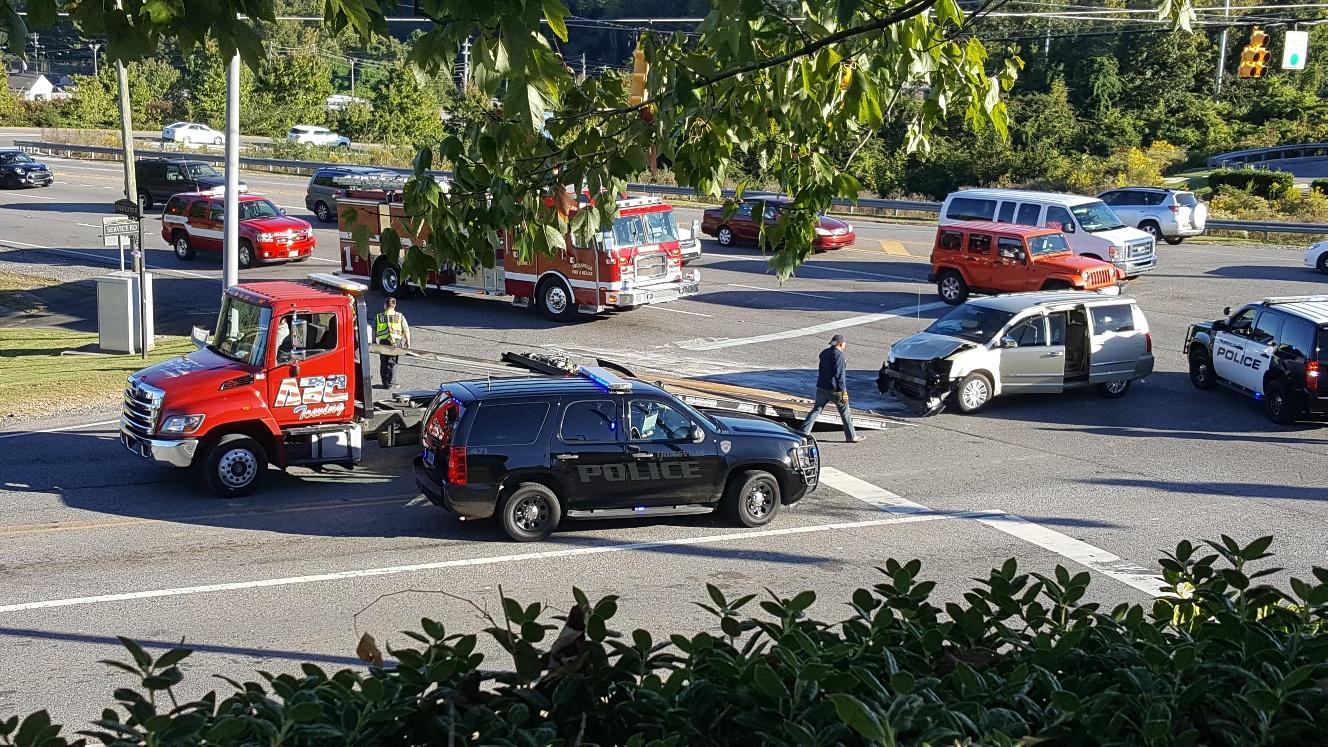 Man injured in Trussville crash on Sunday afternoon