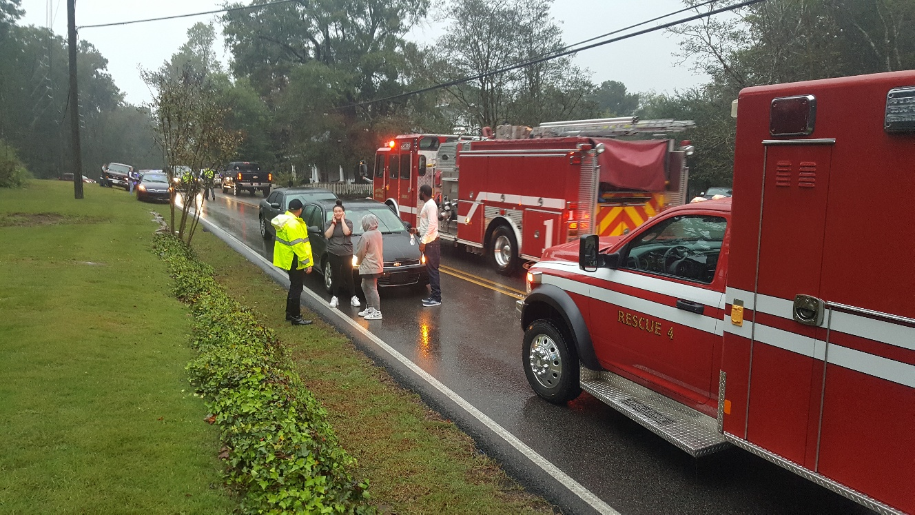 6 vehicle pile-up snarls traffic on North Chalkville Road