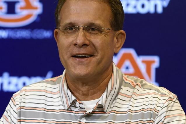 Auburn looms as Oregon opens fall camp