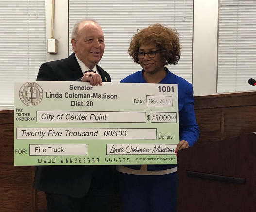 New Taco Bell coming to Center Point, state senator presents city $25,000 check