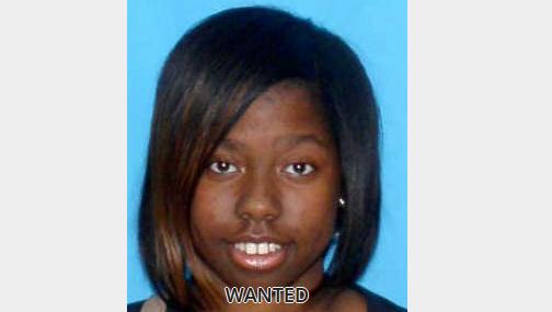 Center Point area woman wanted on felony warrants