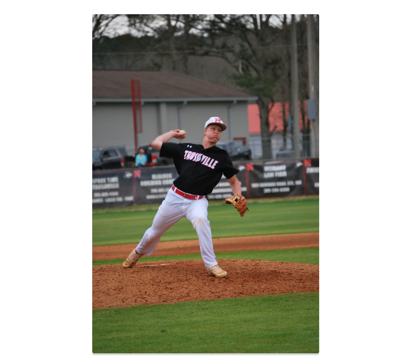 After weekend of wins, Huskies baseball 10-1 for the season