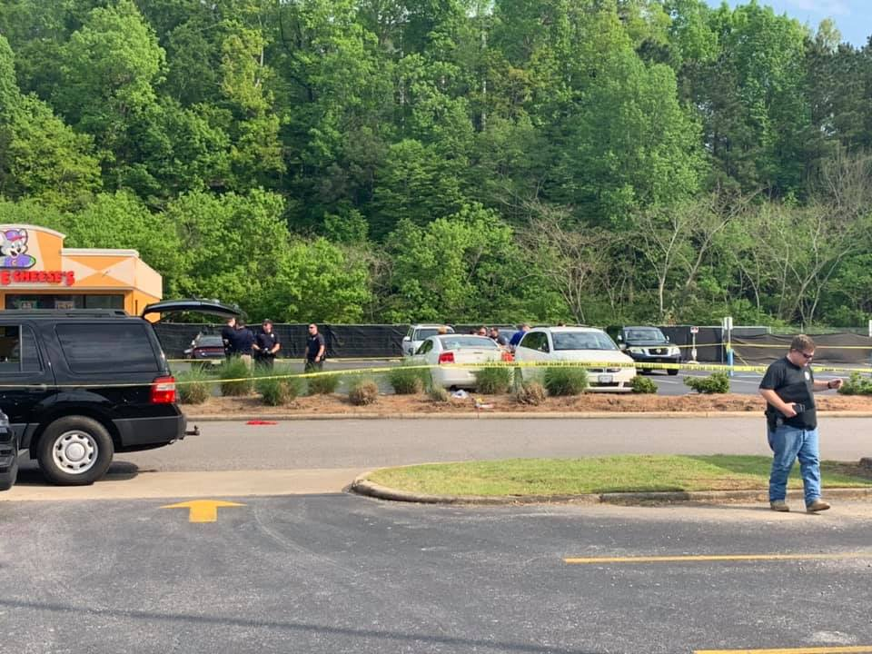 Shooting in parking lot of Chuck E. Cheese in Vestavia Hills