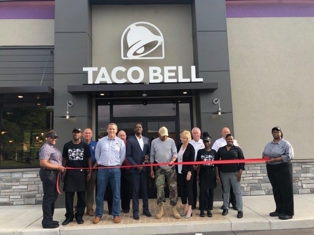 Ribbon cutting ceremony at Taco Bell in Center Point