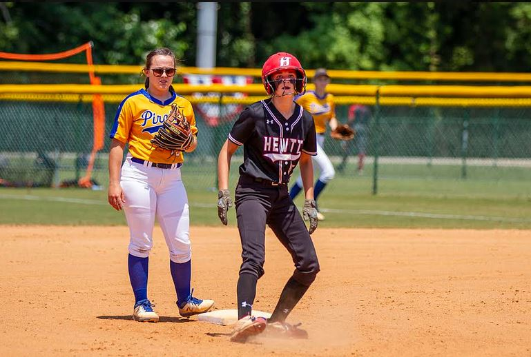 Despite strong hitting and pitching, Huskies fall to Fairhope 2-0