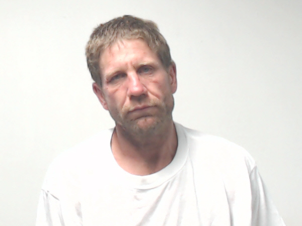 SPRINGVILLE PD: Man swam through pond trying to evade police