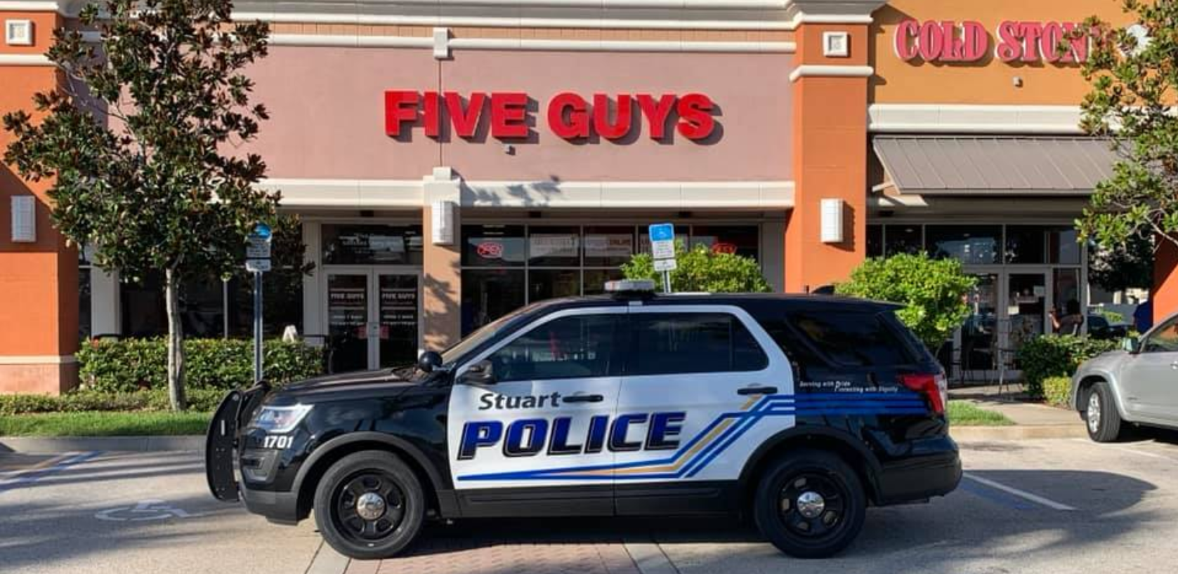 5 guys arrested at Five Guys Burgers & Fries in Florida