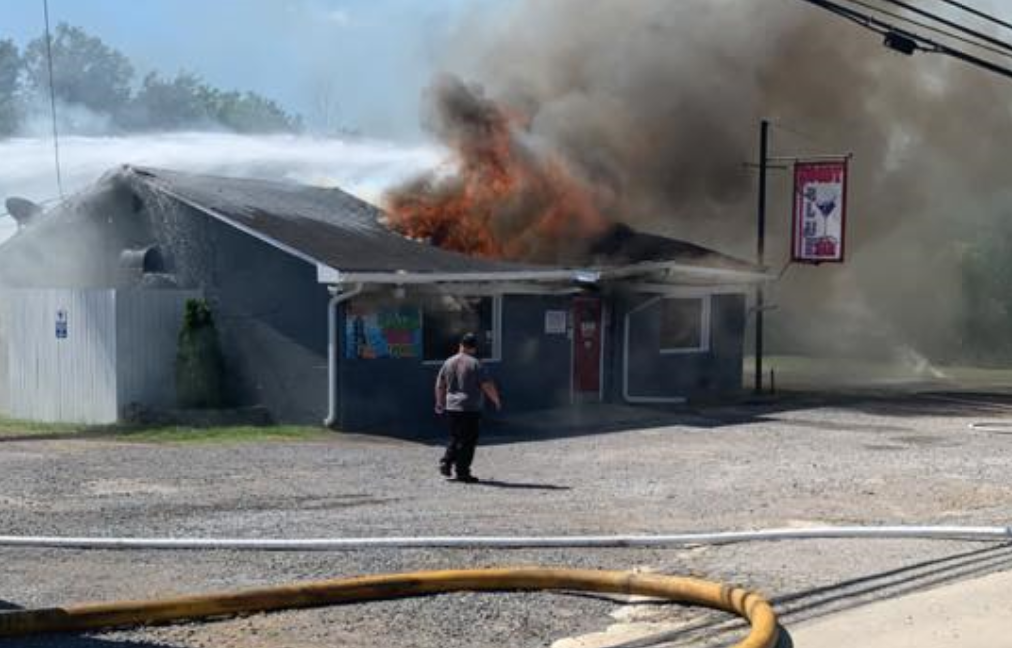 VIDEO: Firefighters respond to large fire at Moody Blue Bar