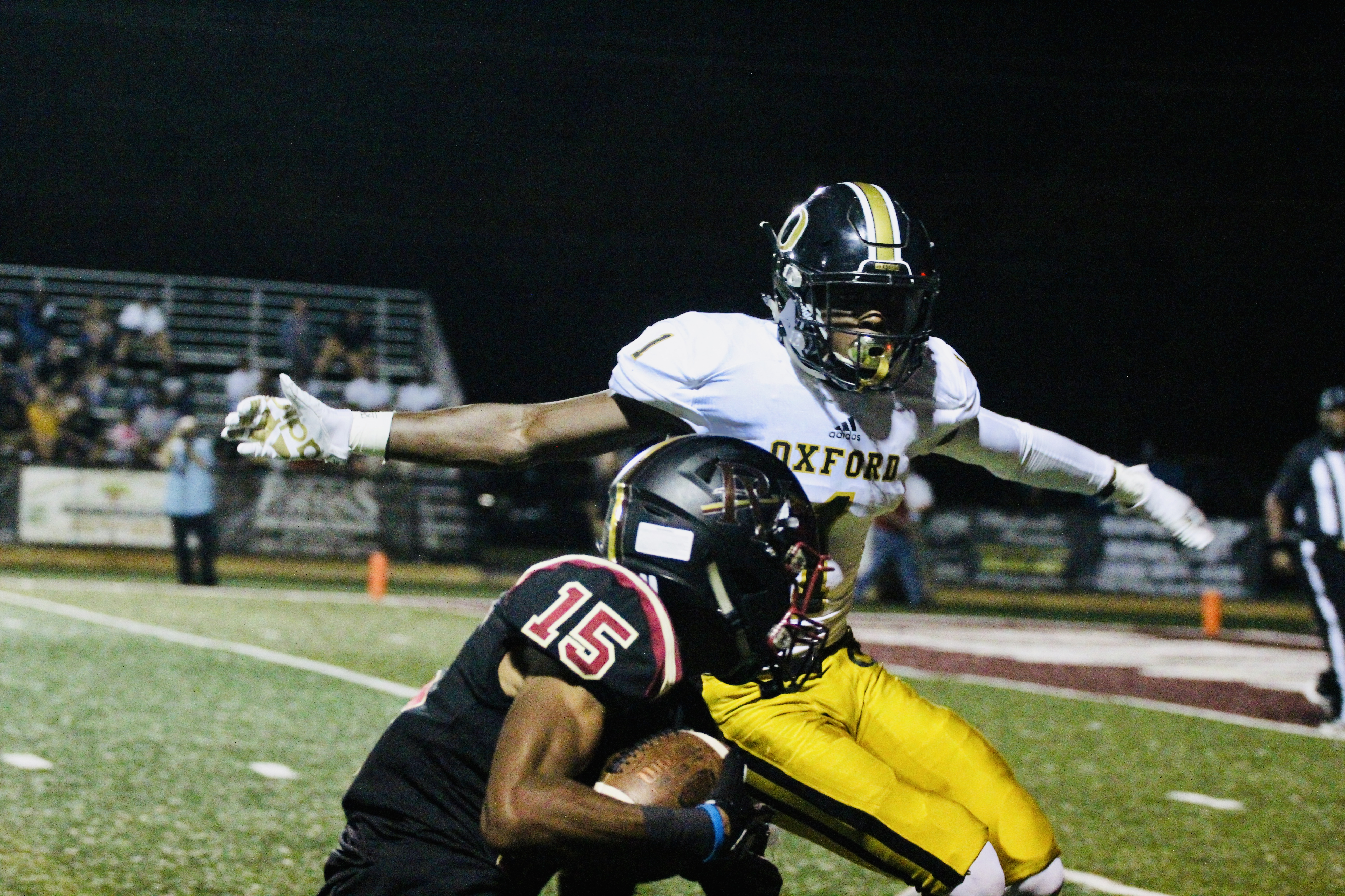 Oxford stuns Pinson Valley to remain undefeated on the season