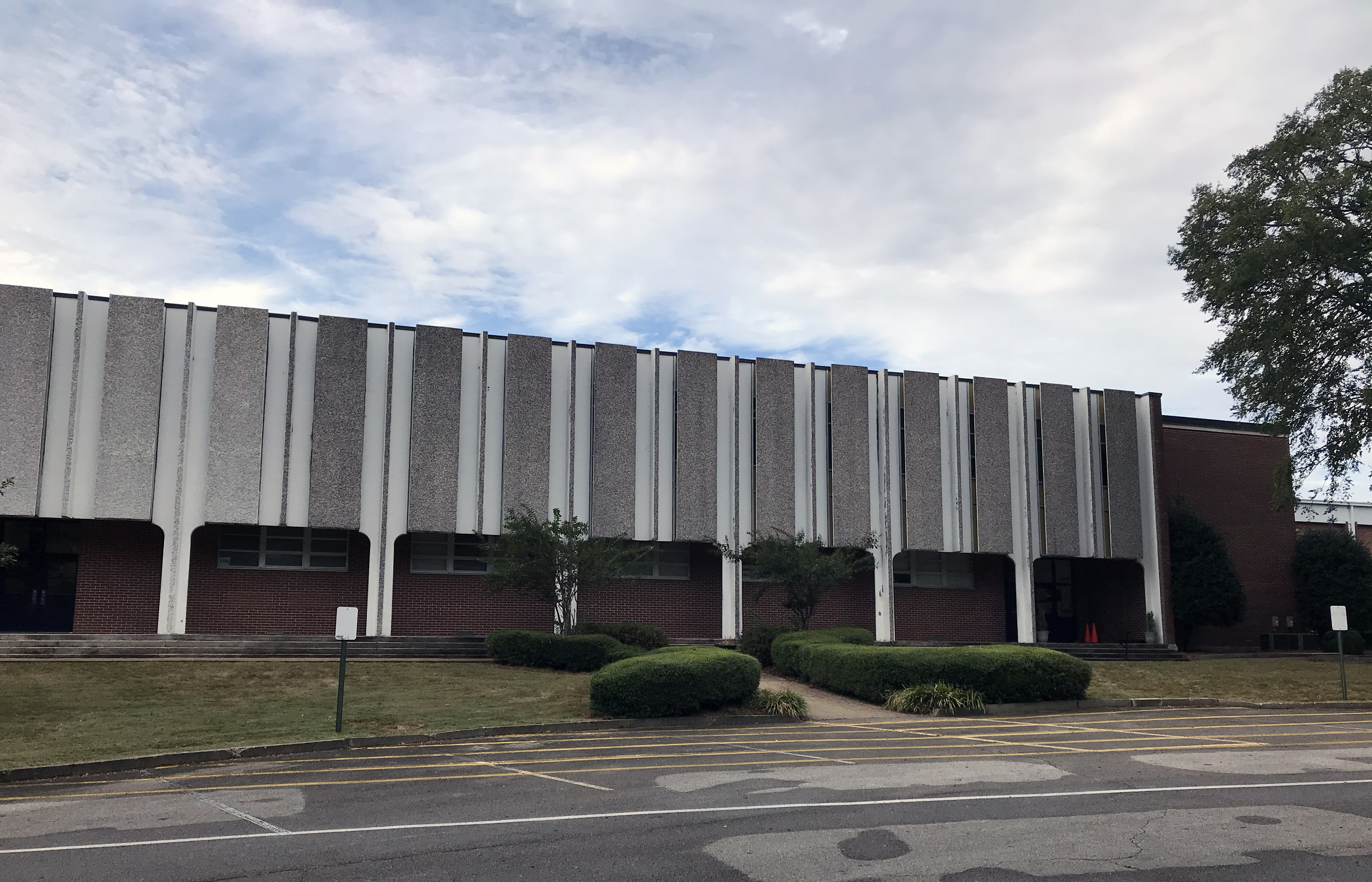 Springville Council holds zoning hearings, makes library purchases