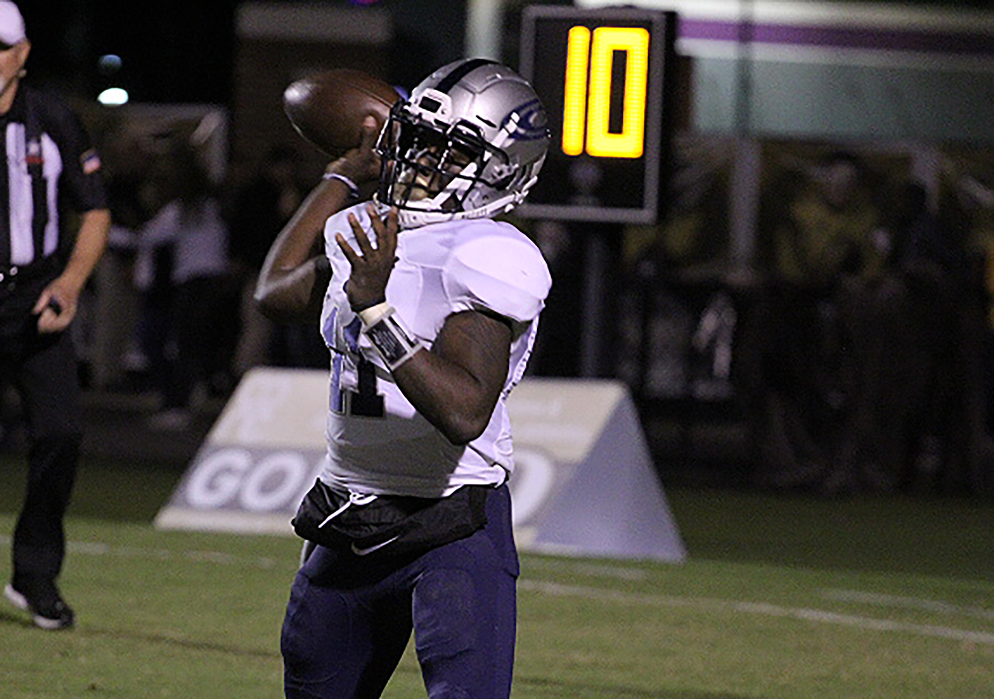 Clay-Chalkville survives scare against Gadsden City to close out regular season