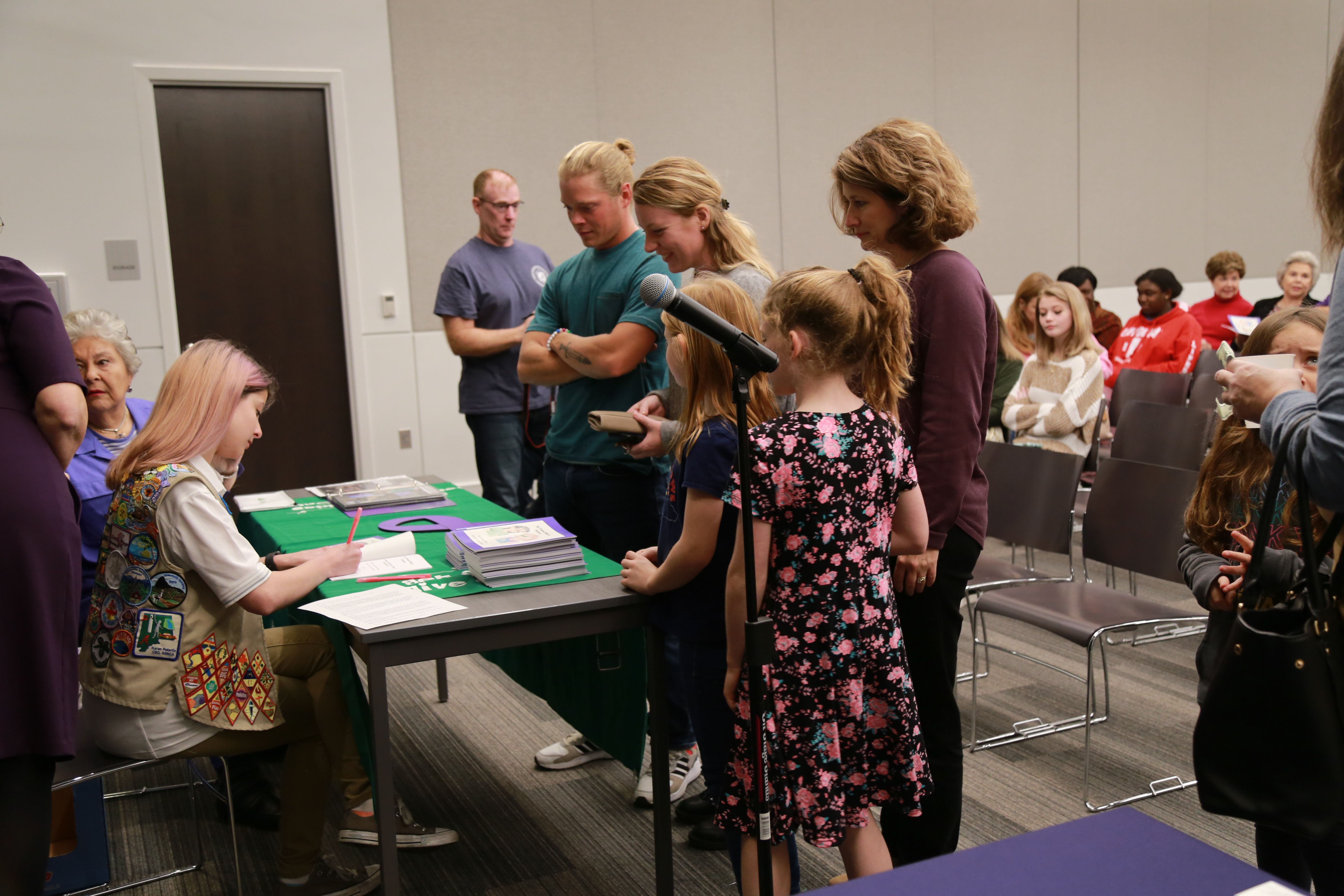 Trussville teen hosts book-signing for 'My Friend had a Seizure
