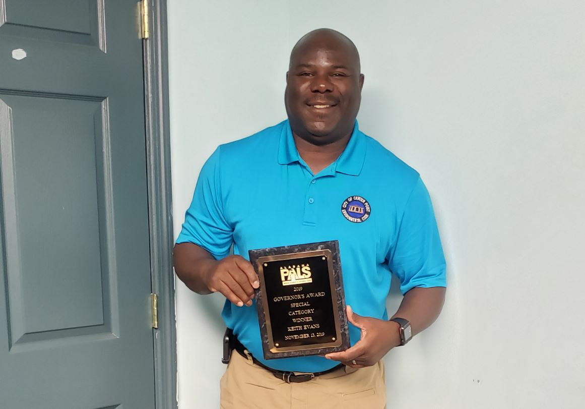 City of Center Point inspector wins award
