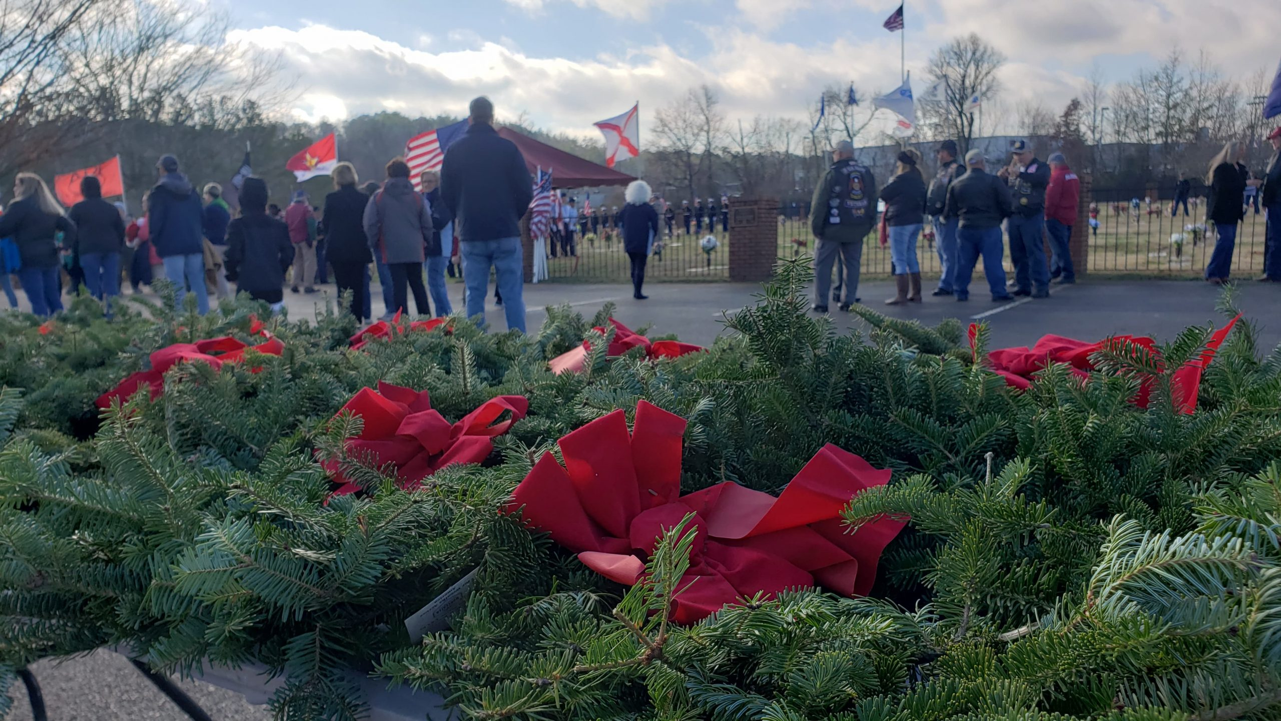 VIDEO: Wreaths Across American honors fallen military members at Jefferson Memorial in Trussville