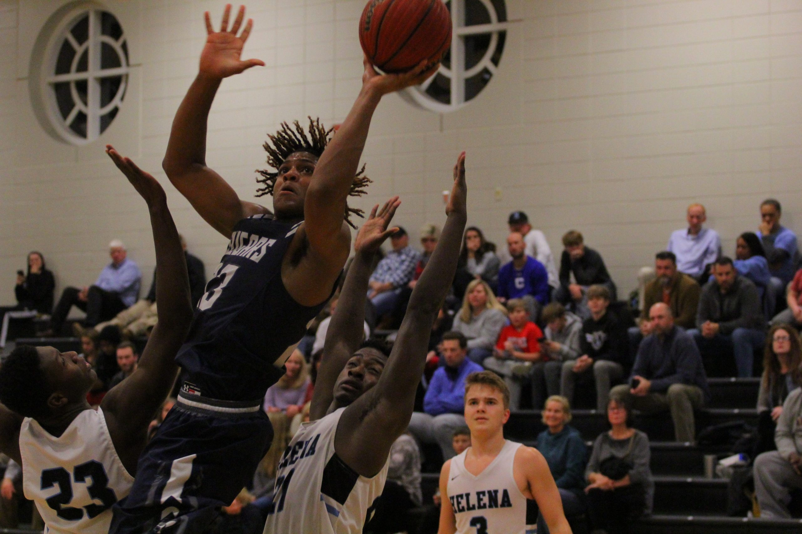 Clay-Chalkville falls to Helena following a nightmarish first quarter