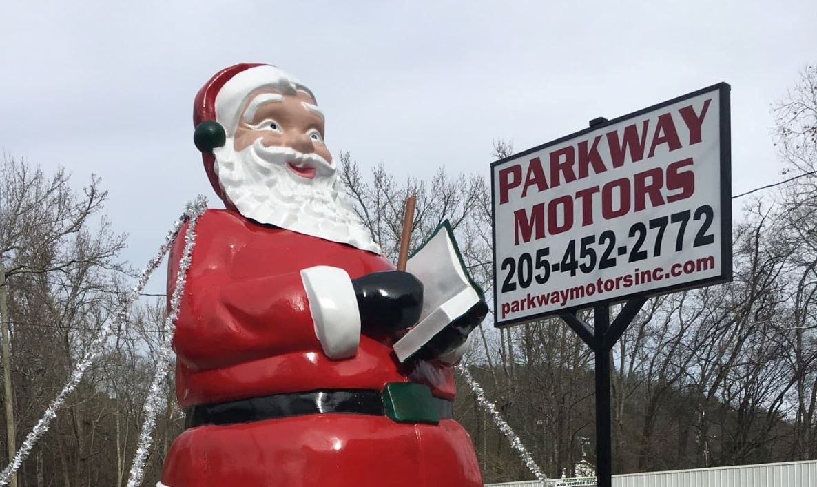 Santa statue moves to Springville after decades on Center Point Parkway