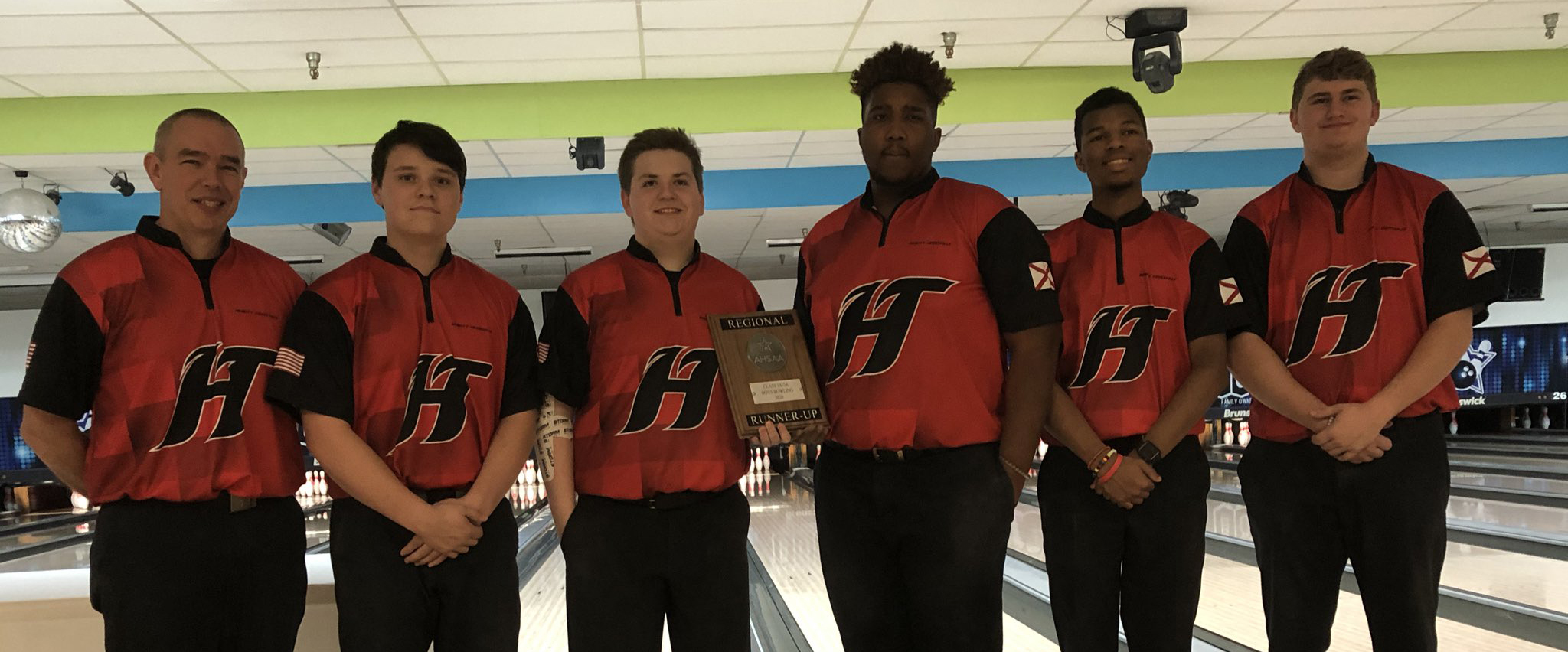 Hewitt-Trussville boys' bowling finishes as runner-up at AHSAA North Regional Tournament