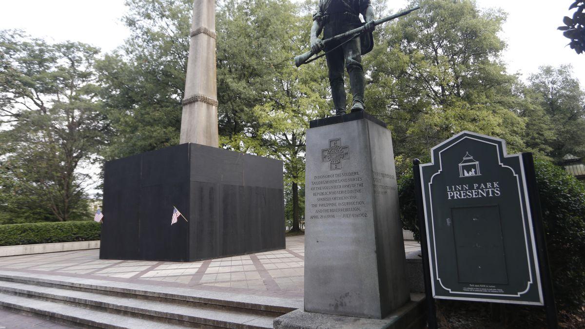 Birmingham fined over panels around Confederate monument