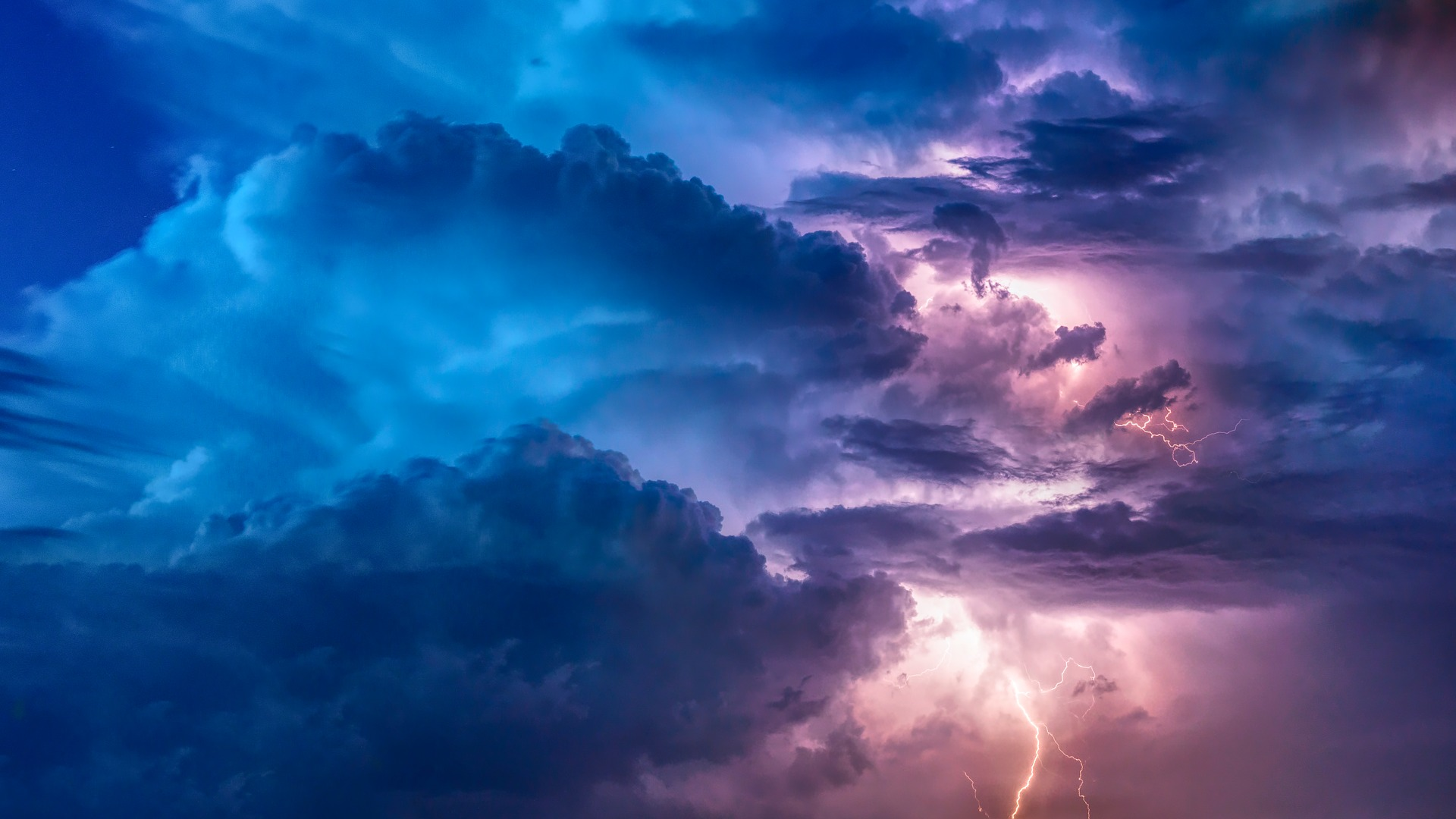 NWS issues Severe Thunderstorm Watch until 7 p.m.