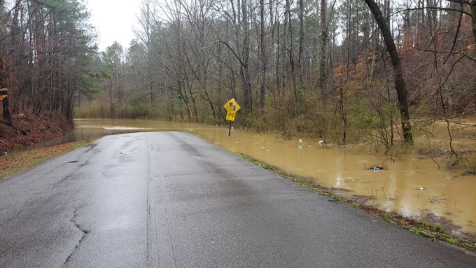 Flooding forces Hartselle schools system to shut down
